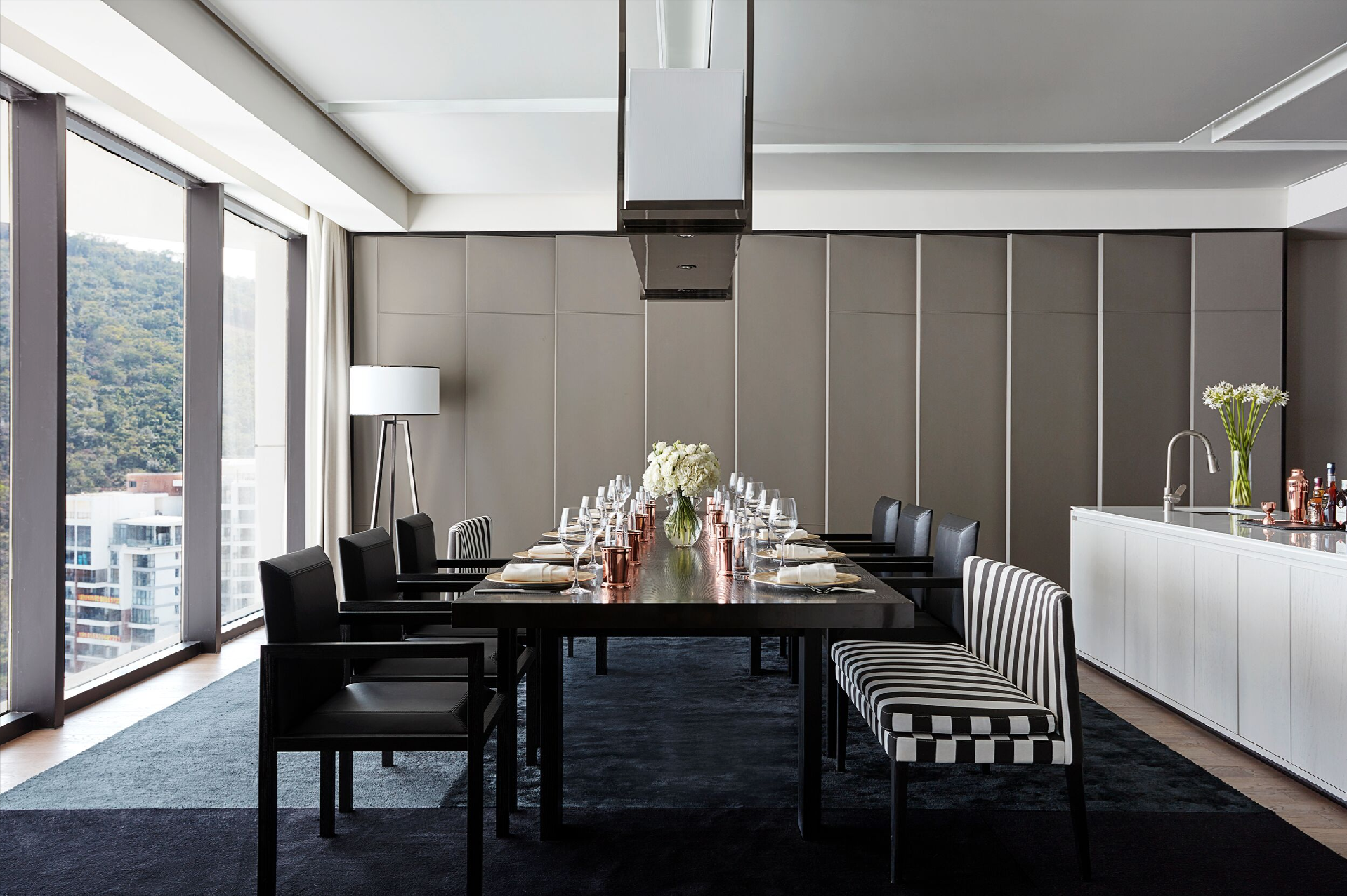 Sanya dinner party suite