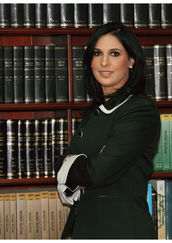 Alejandra Valdez    1ra. Vicepresidente