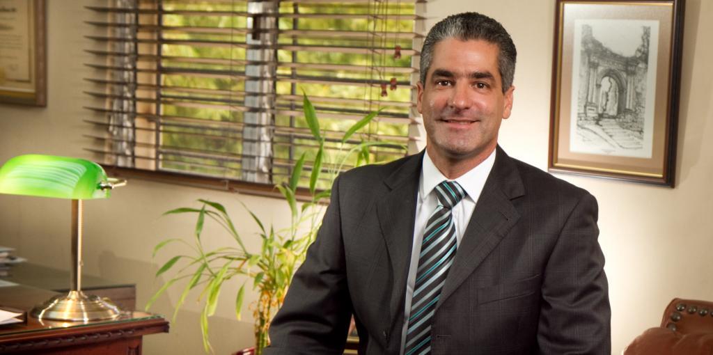 Pedro Troncoso    Vocal