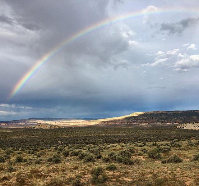 Somewhereee over Church Rock 🌈 #BelieveInMarie . . . #utah #canyoncountry #sage #sagebrush #rainbow #beutahful #publicland