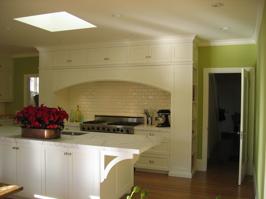Painted Craftsman kitchen, Piedmont