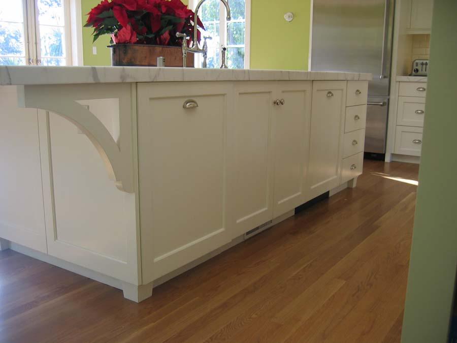 Painted Craftsman kitchen, Piedmont