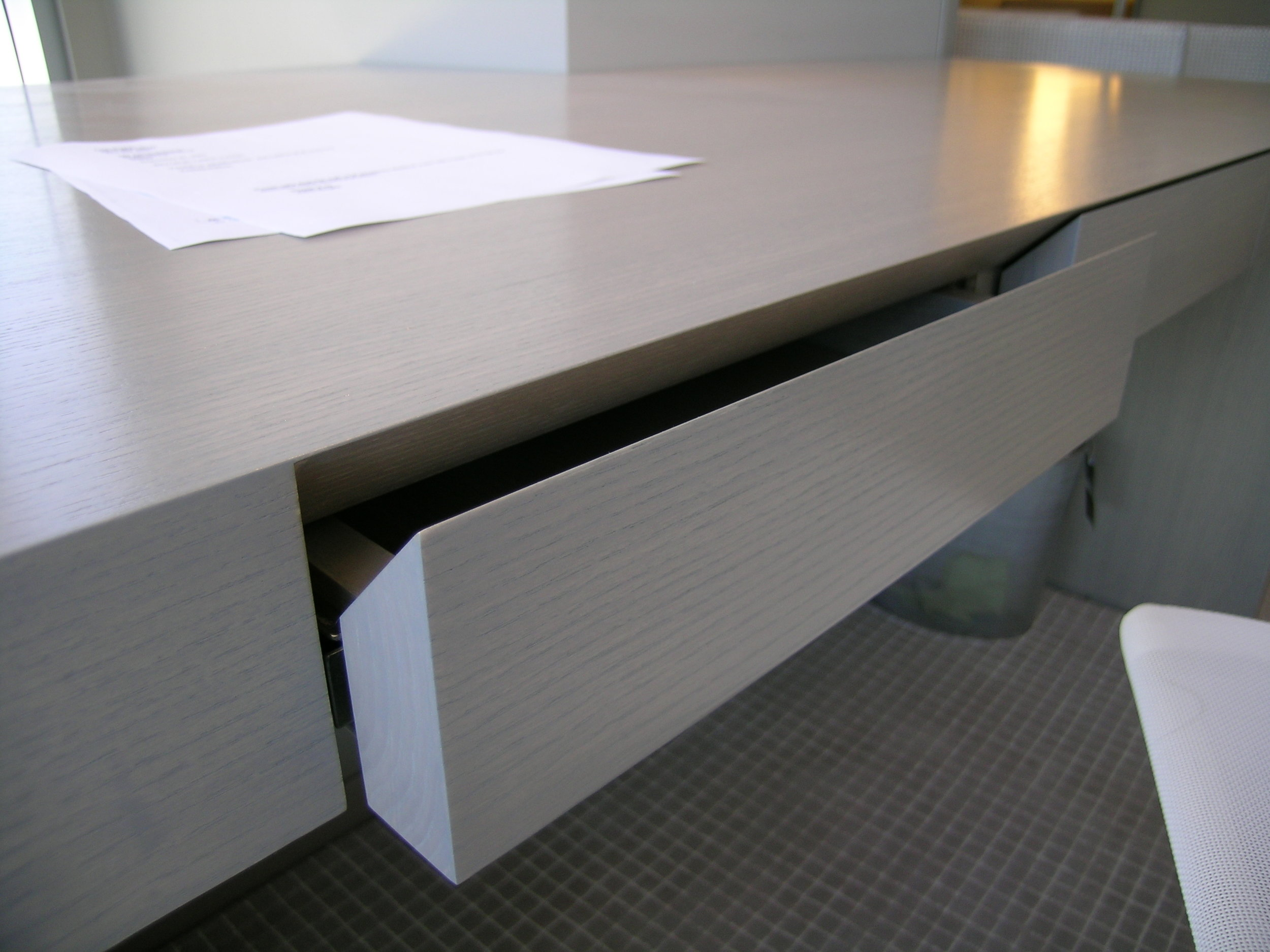 Stained Ash Suspended Desk