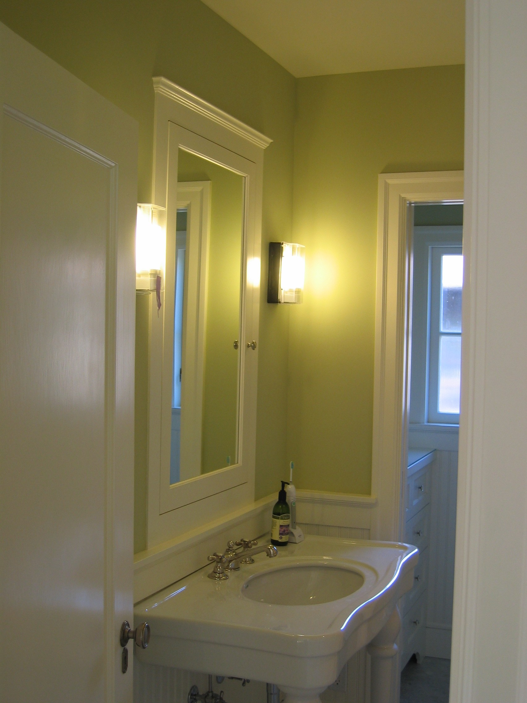 Painted guest bath medicine cabinet.JPG