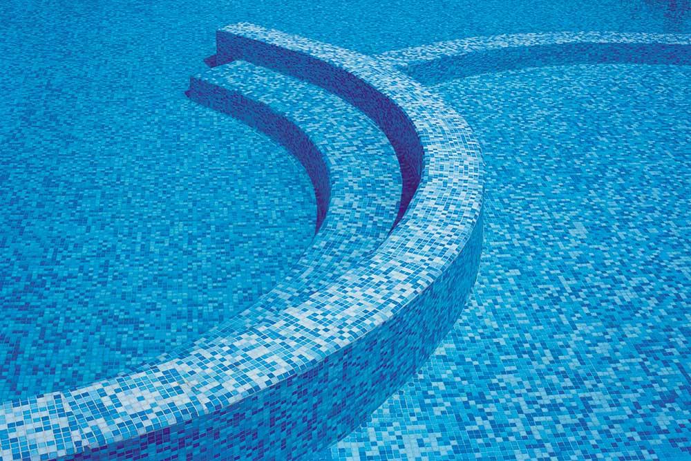 trend glass mosaic pool.jpg