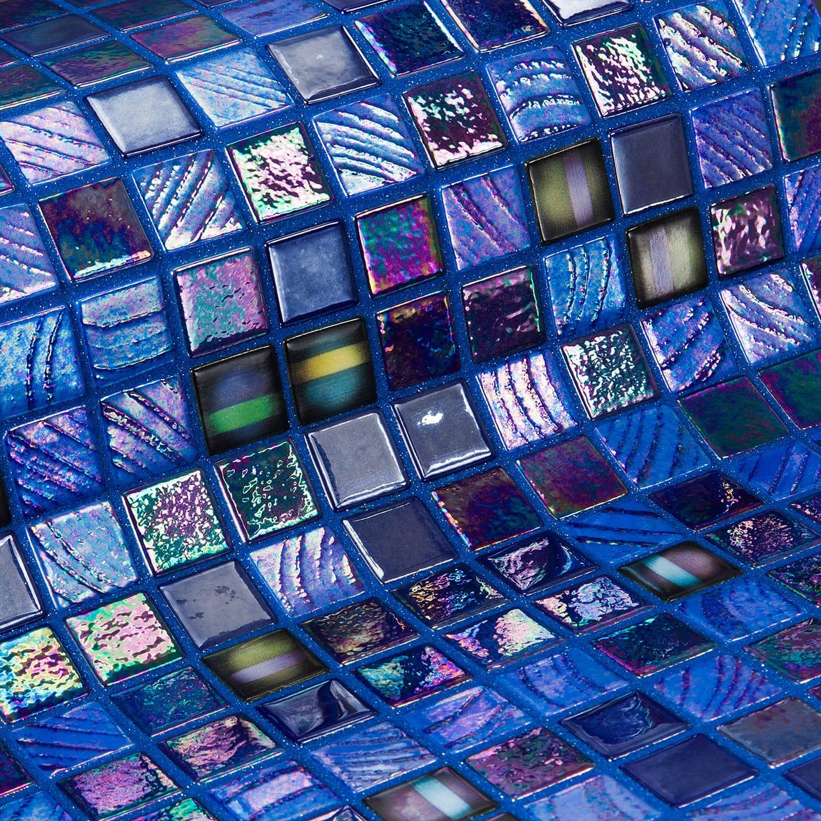 16-Grapes-Topping-Mosaic-Ezarri.jpg