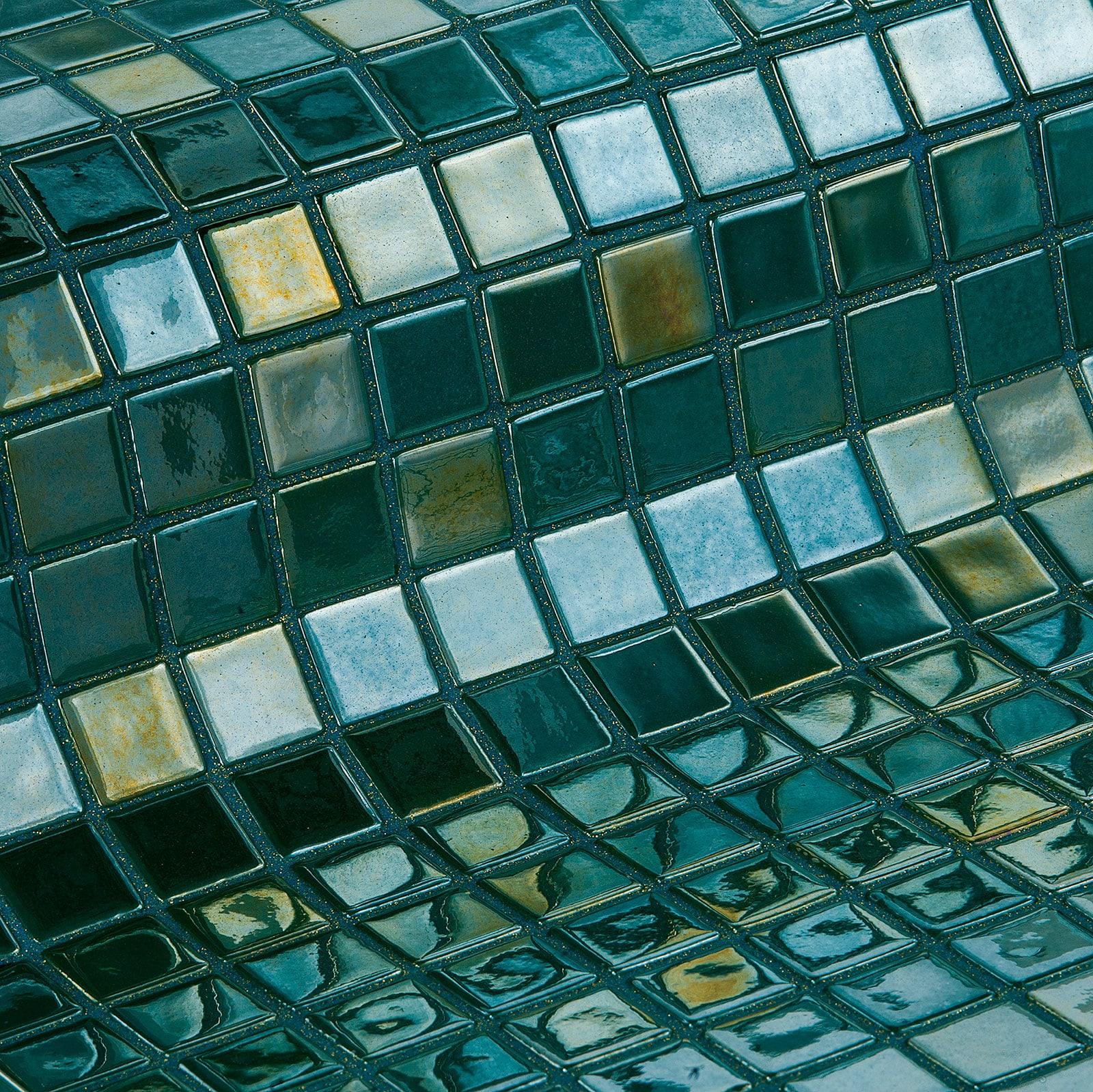 Esmeralda-Metal-Mosaic-Ezarri.jpg