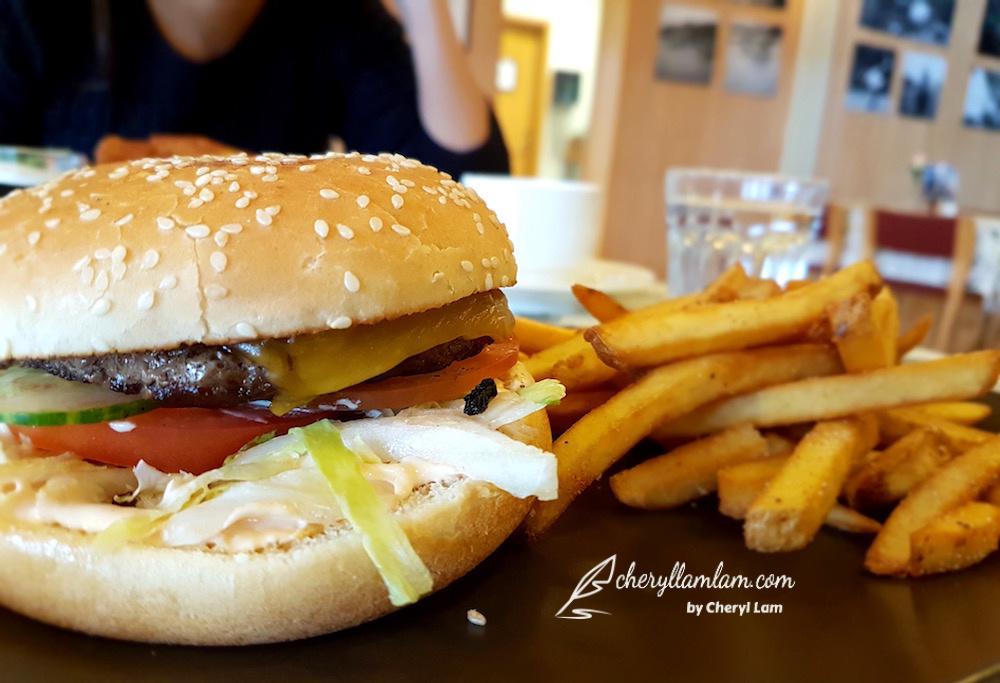 Hekla Burger : ISK 1,700