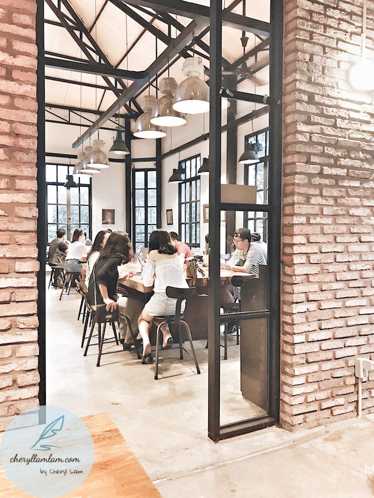 the workshop cafe saigon 05.jpeg
