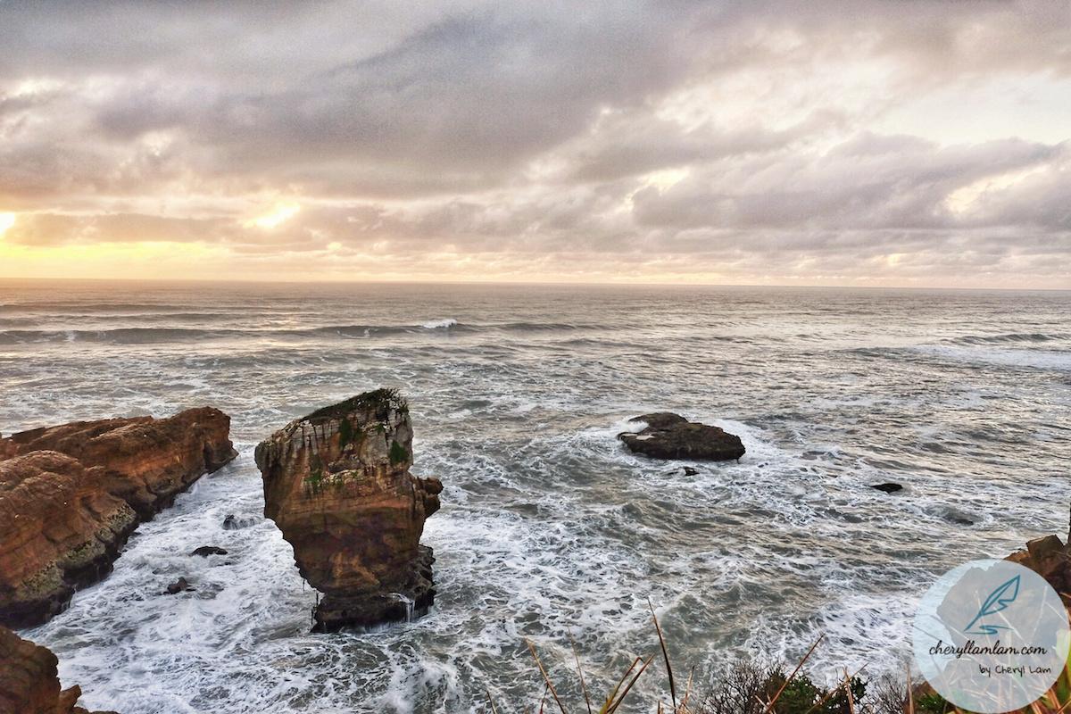 Punakaiki Pancake Rocks and Blowholes NZ