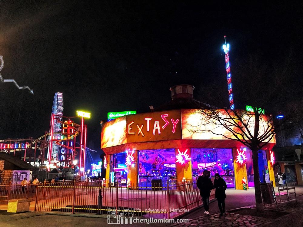 Amusement park - very empty 😅