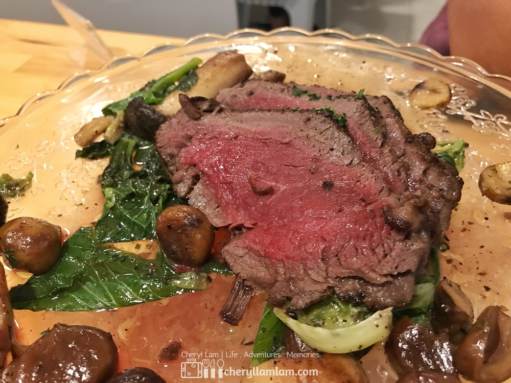 Please, for the love of God, can someone please tell me how does this look like a RM478 Wagyu Miyazaki Japanese beef?!