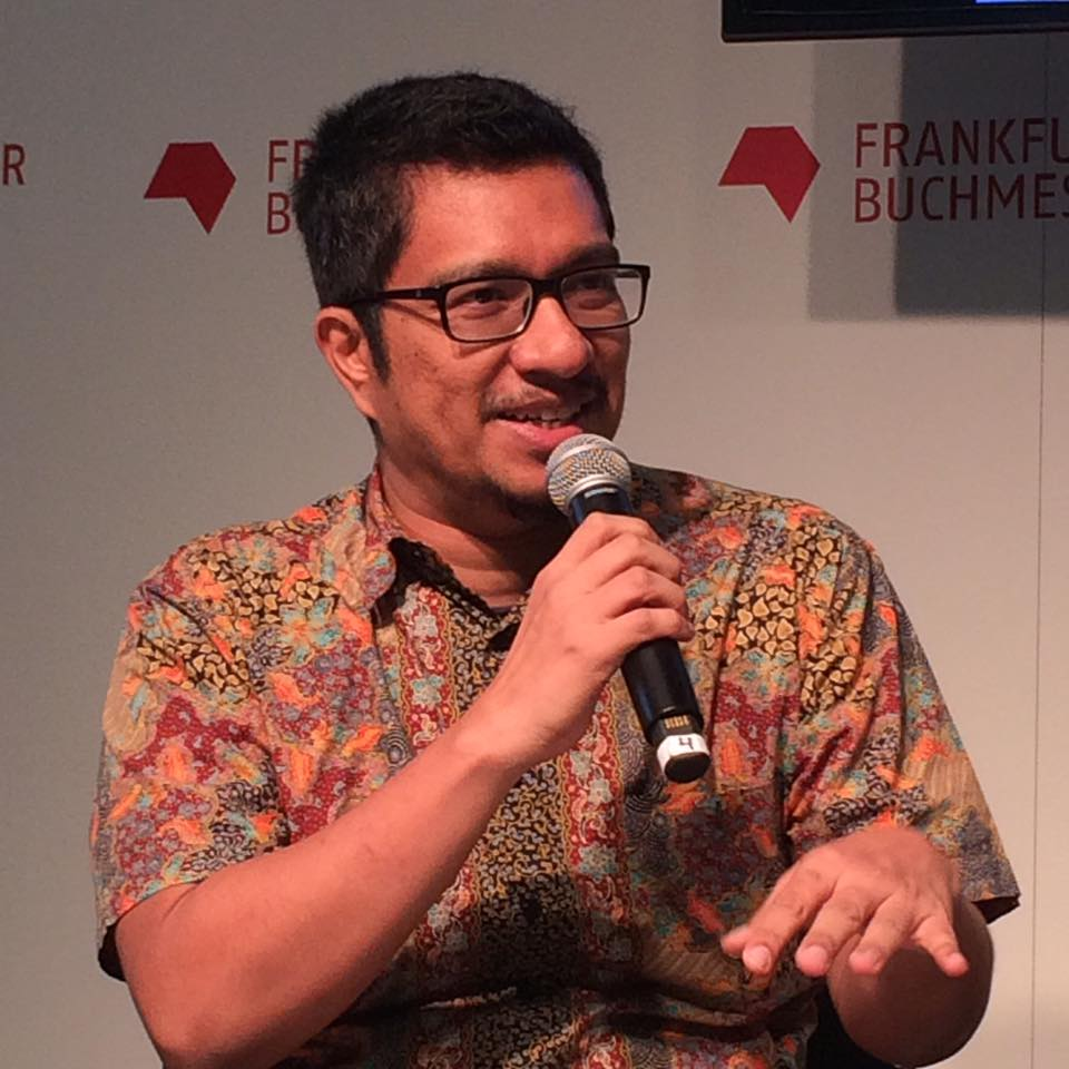Amir started making films in Malaysia back in year 2000. His curation of Malaysian Short Films (screened every 3 months during the period between 2000 - 2008) was an important platform for young independent filmmakers. He is a Malaysian writer, publisher and occasional movie-maker.  His films and documentaries have been shown in many international film festivals includingSundance and Berlin. Two of them, THE LAST COMMUNIST and VILLAGE PEOPLE RADIO SHOW, are banned in Malaysia. He set up Matahari Books in 2007 to publish non-fiction and film-related books on Malaysia, which has published over 100 novels in its first 4 years.  His current documentary 'VOYAGE TO TERRENGGANU' (Kisah Pelayaran ke Terengganu) has been screened at Freedom Film Festival 2016, Singapore International Film Festival 2016, Jogja Asian Film Festival, Rotterdam International Film Festival 2017, and Salaya Doc 2017.