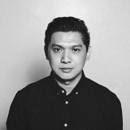 Editing Mentor: Carlo Francisco Manatad (Philippines)   CARLO FRANCISCO MANATAD (born October 4,1987, Tacloban City) is a Filipino film director and editor based in Manila. .He is a graduate of the University of the Philippines Film Institute. His short film, Junilyn Has, competed at the Festival del film Locarno and went on to screen at several international film festivals such as Clermont Ferrand, Upssala, Winterthur and Busan to name a few. Sandra and Fatima Marie Torres and the Invasion of Space Shuttle Pinas 25 has won awards in Russia, Romania and the USA.. A Philippine and Singaporean co-production, Jodilerks Dela Cruz, Employee of the Month, his latest short film was selected in competition at the 56th Semaine de la Critique at the 70th Cannes International Film Festival.  One of the most prolific editors in the Philippines today, he has collaborated with numerous filmmakers for independent and mainstream scene and has since edited more than 40 feature films to date which has screened in festivals locally and abroad, his recent collaboration, A Gentle Night, a Chinese film directed by Qiu Yang. recently won the Palme D'Or at the 70th Festival des Cannes. Manatad is also an alumnus of the Asian Film Academy, the Berlinale Talent Campus, and the Docnet Campus Project. He is currently working on his first feature film, Whether the Weather is Fine, a film about the aftermath of Typhoon Haiyan of his hometown, Tacloban. The project is supported by the Asian Cinema Fund, Globe Studios and the Talents Tokyo Fellowship Fund, It has also participated at the EAVE Ties That Bind, La Fabrique Des Cinema du Monde – Cannes and the Torino Film Lab Feature Lab 360.