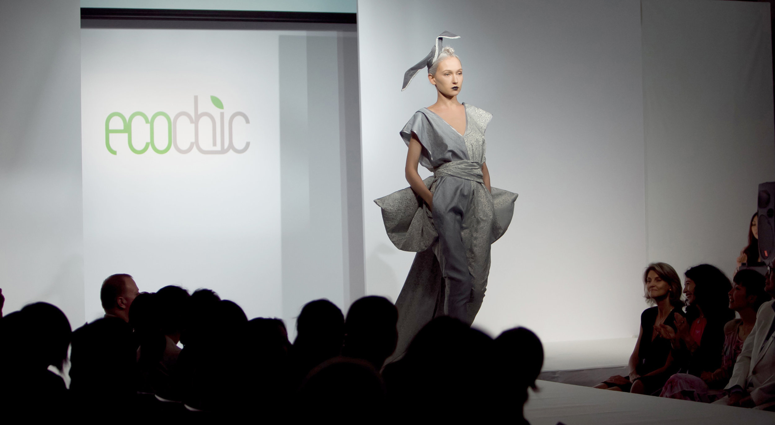 eco-ready-to-wear-kimono-jumpsuit-made-from-pre-consumer-waste-by-junky-styling-2-copy-2.jpg