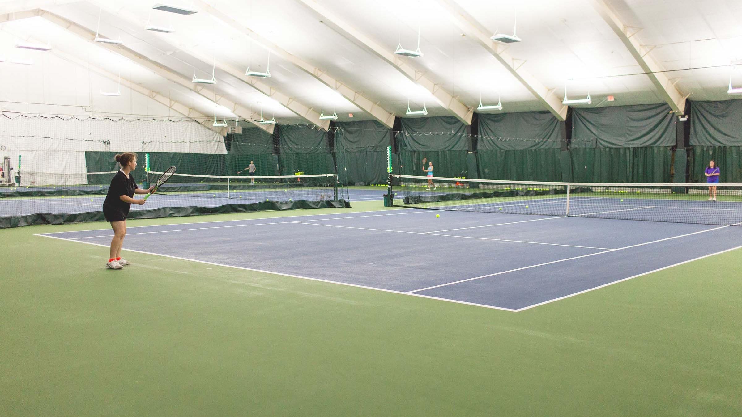 widecourt.jpg