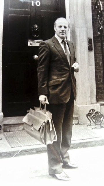 Ken Jackson - lobbying No 10 (1).jpeg