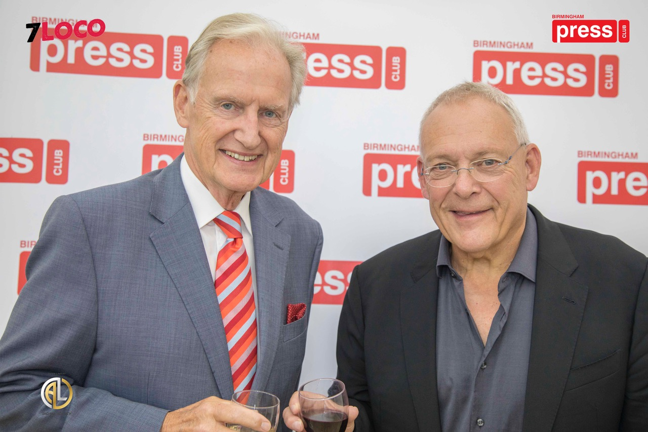 Press Club president Bob Warman and Gary Newbon.jpeg