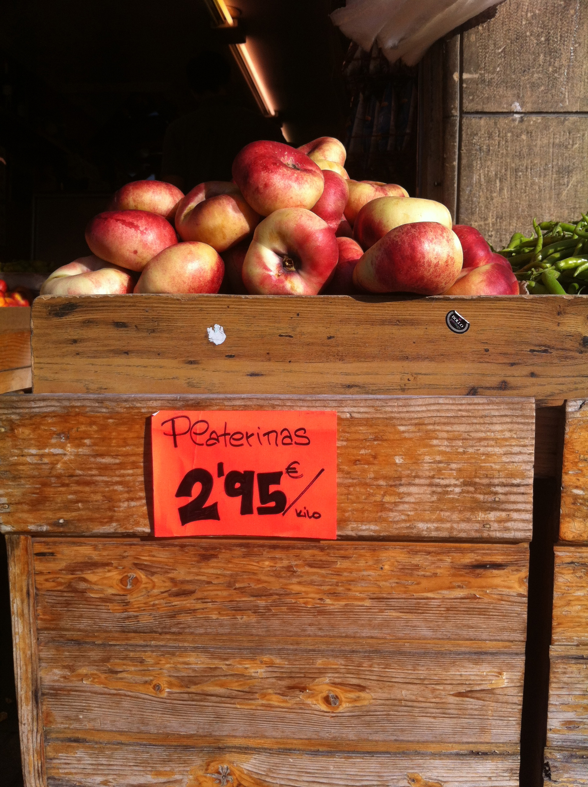 fresh produce at La Bretxa