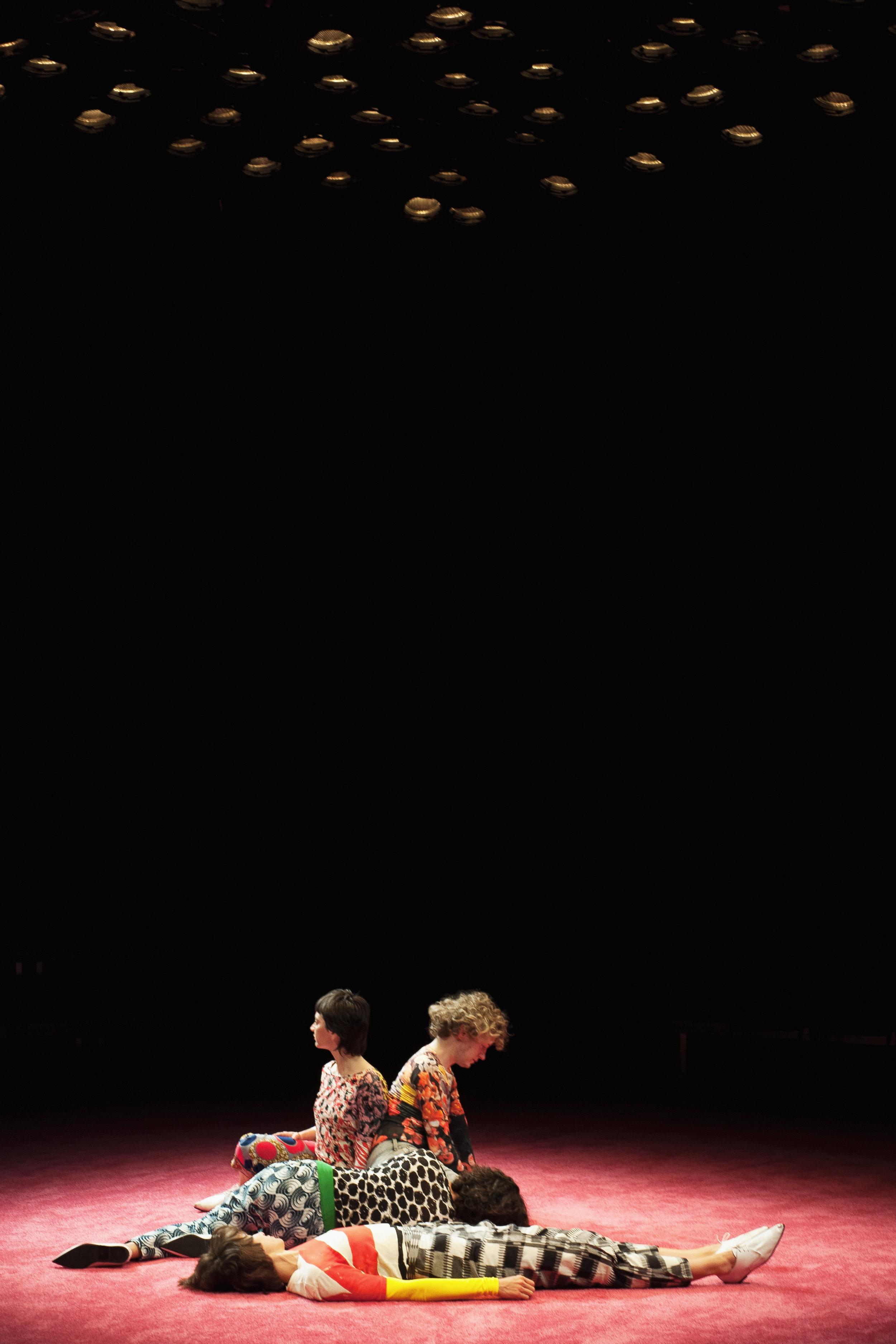 Copy of Maria Hassabi -Staged- KFDA2017 ©BeniaminBoar-12.jpg