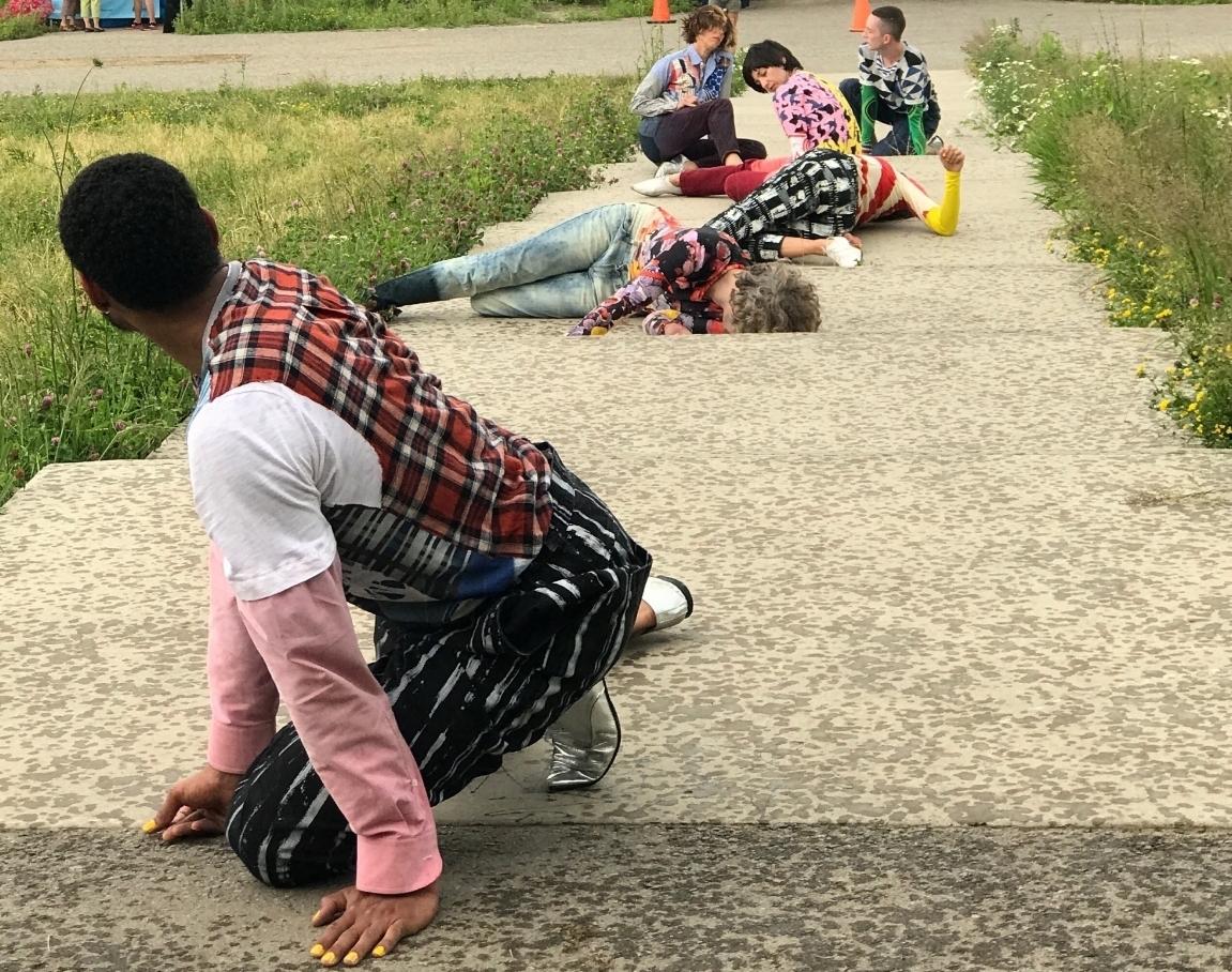 Maria Hassabi / Toronto : Staging-Undressed