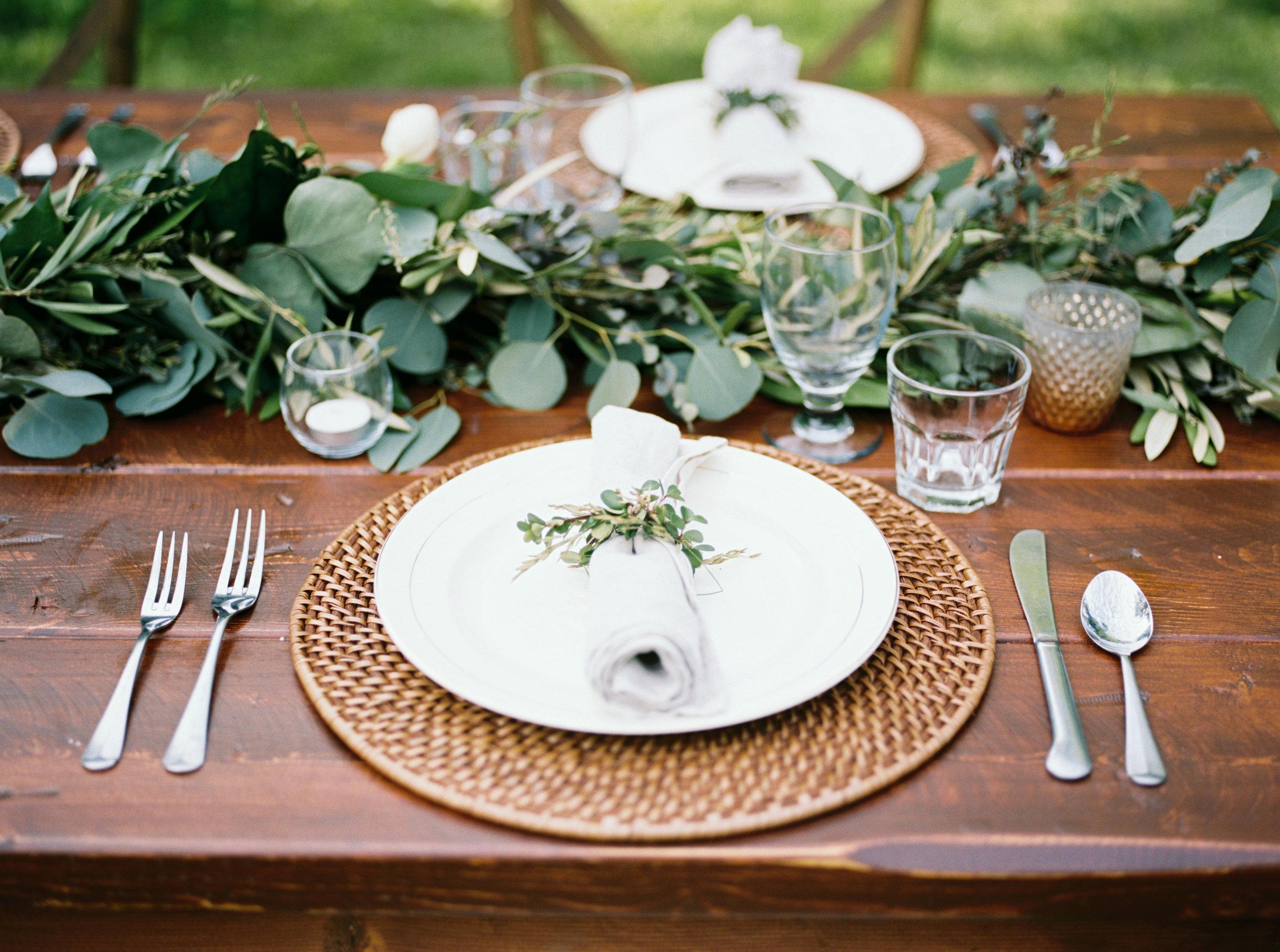 greenhouse-wedding-inspiration-by-laurelyn-savannah-photography-14.jpg