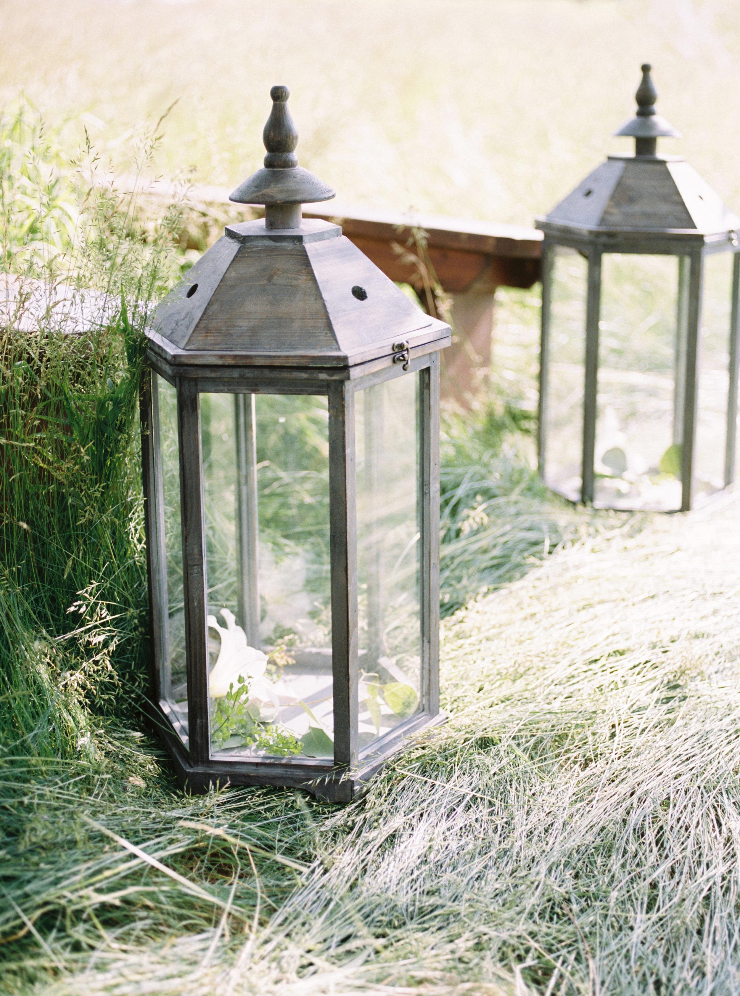 greenhouse-wedding-inspiration-by-laurelyn-savannah-photography-96.jpg