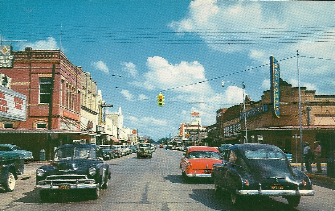 Downtown Beeville Post Card looking North.jpg