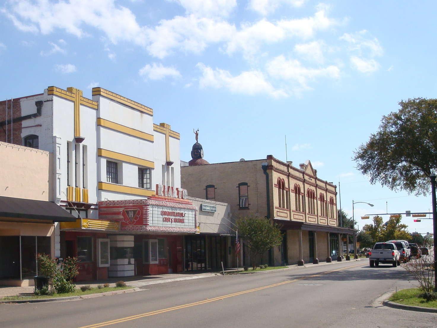 Downtown Beeville 2.jpg