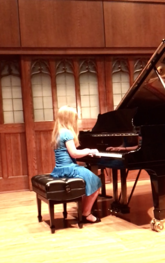 Rebekah at piano spring 18.jpg