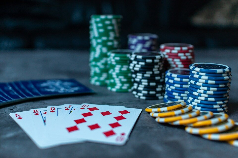 Sports betting vs poker hand