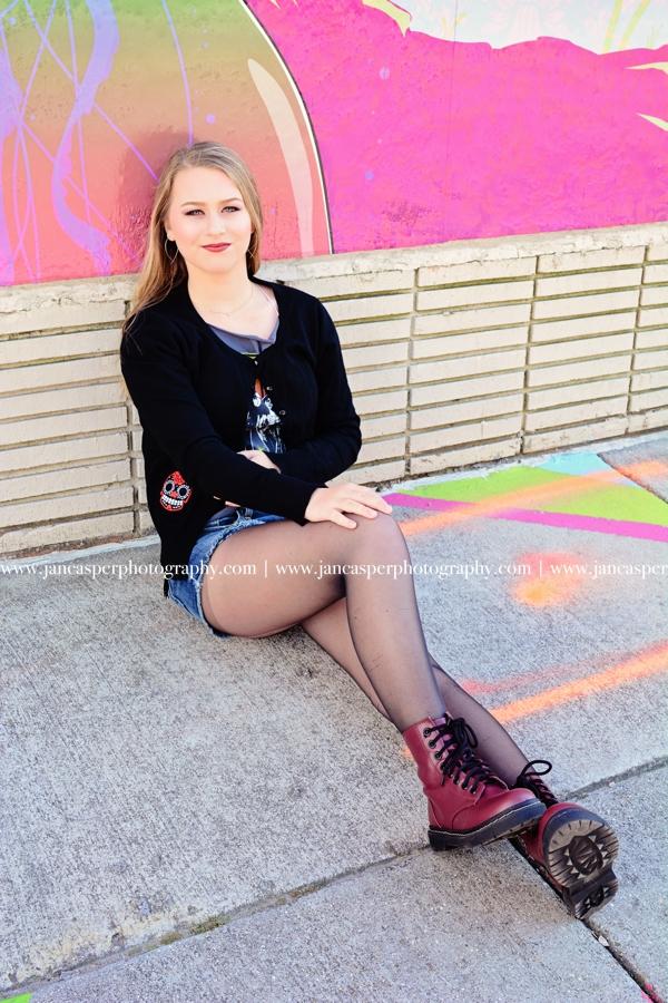 senior portrait Norfolk neon district Jan Casper Photography Virginia