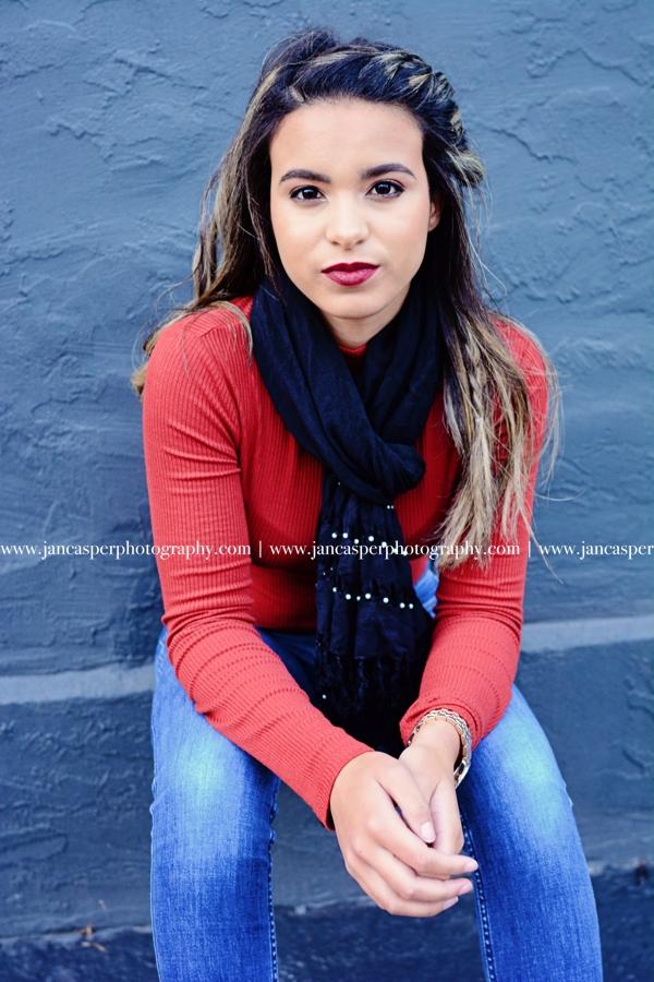 senior portrait downtown Norfolk Jan Casper Photography Virginia