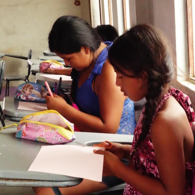 Otra Cosa HELP Literacy program