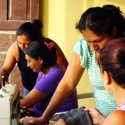 Otra Cosa HELP Women program