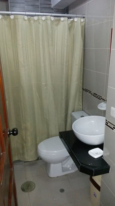 Trujillo, Peru apartment bathroom