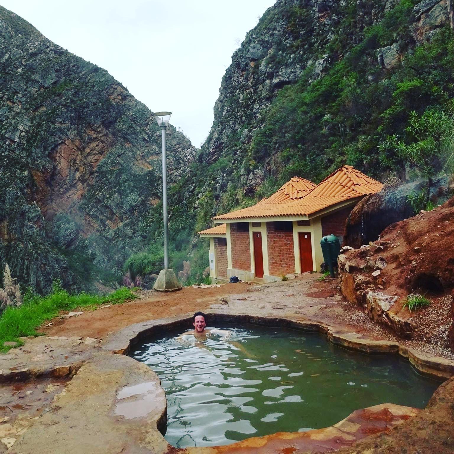 El Eden, hot springs resort