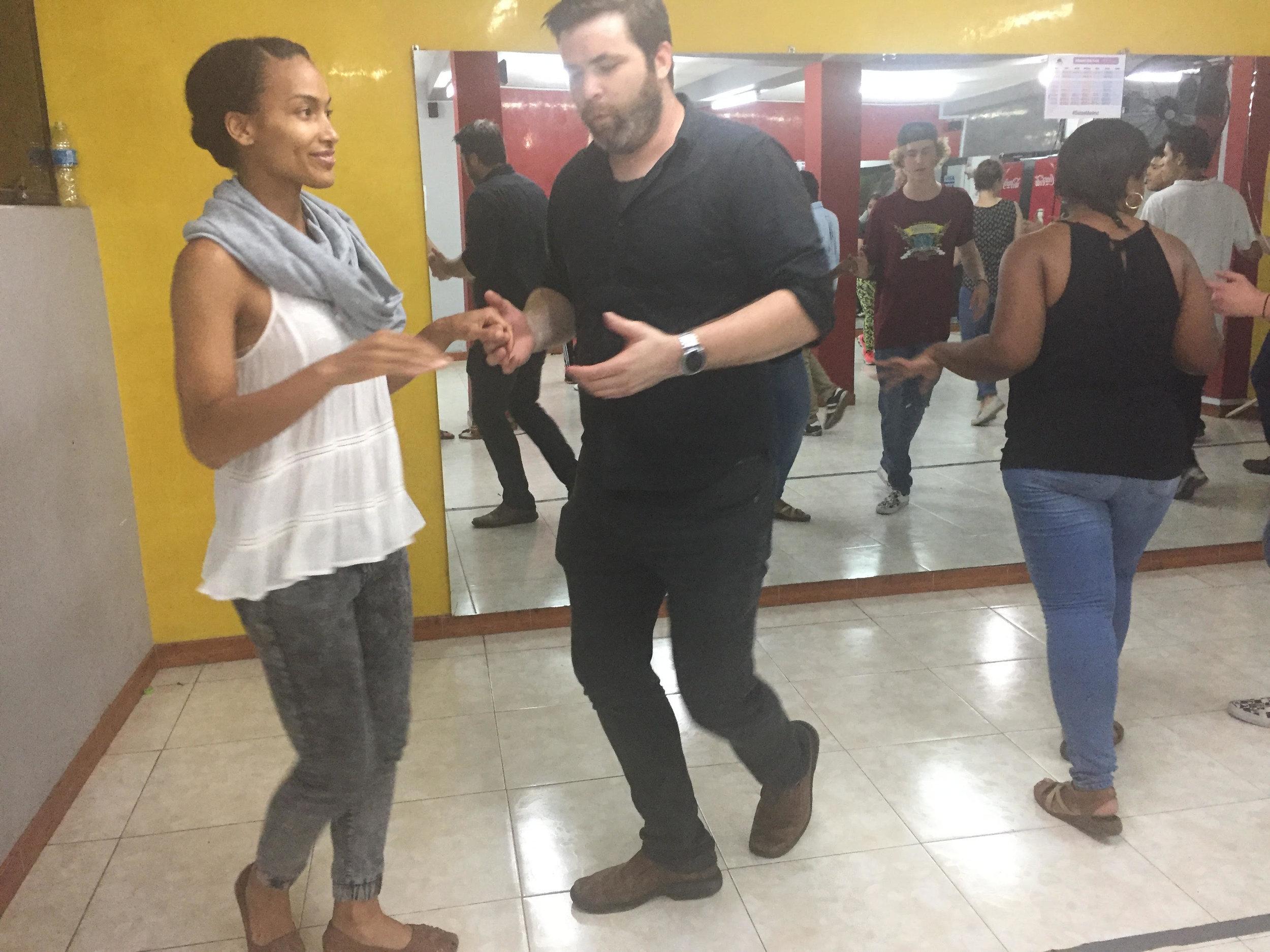 Salsa lesson in Peru