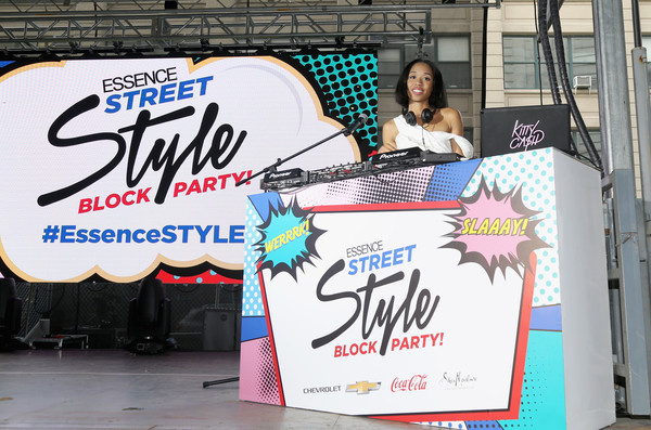 2016+Essence+Street+Style+Block+Party+Show+kPkKrq4u89tl.jpg