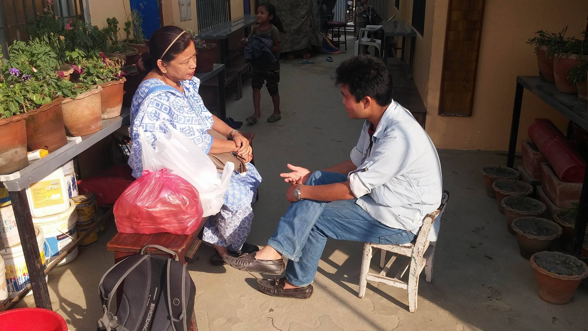 Shashie in overleg met Rajkumar