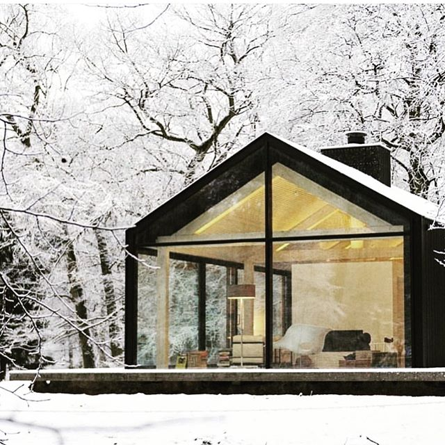 Black house brainstorming for a new project. @odetothings what do you think about the black house obsession. It's inspired by Icelandic homes originally. Not really a new idea. I love the simple contrast, especially against the snow. #craneslakehouse #mound #newmodern #cabinlife #lakeliving  #blackhouse #blackhouseinspo #colorcrush #womanarchitect