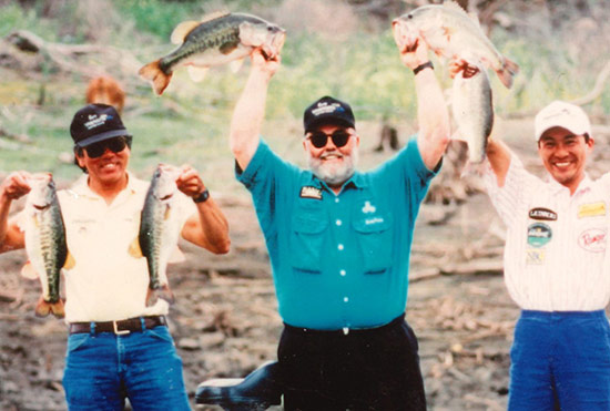 "Gary Yamamoto, Jerry ""Bubba"" Puckett, and Hirokazu Kawabe (of Gary Japan) fishing for largemouth down in Mexico."