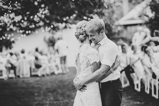 washington state backyard historic wedding 086.JPG