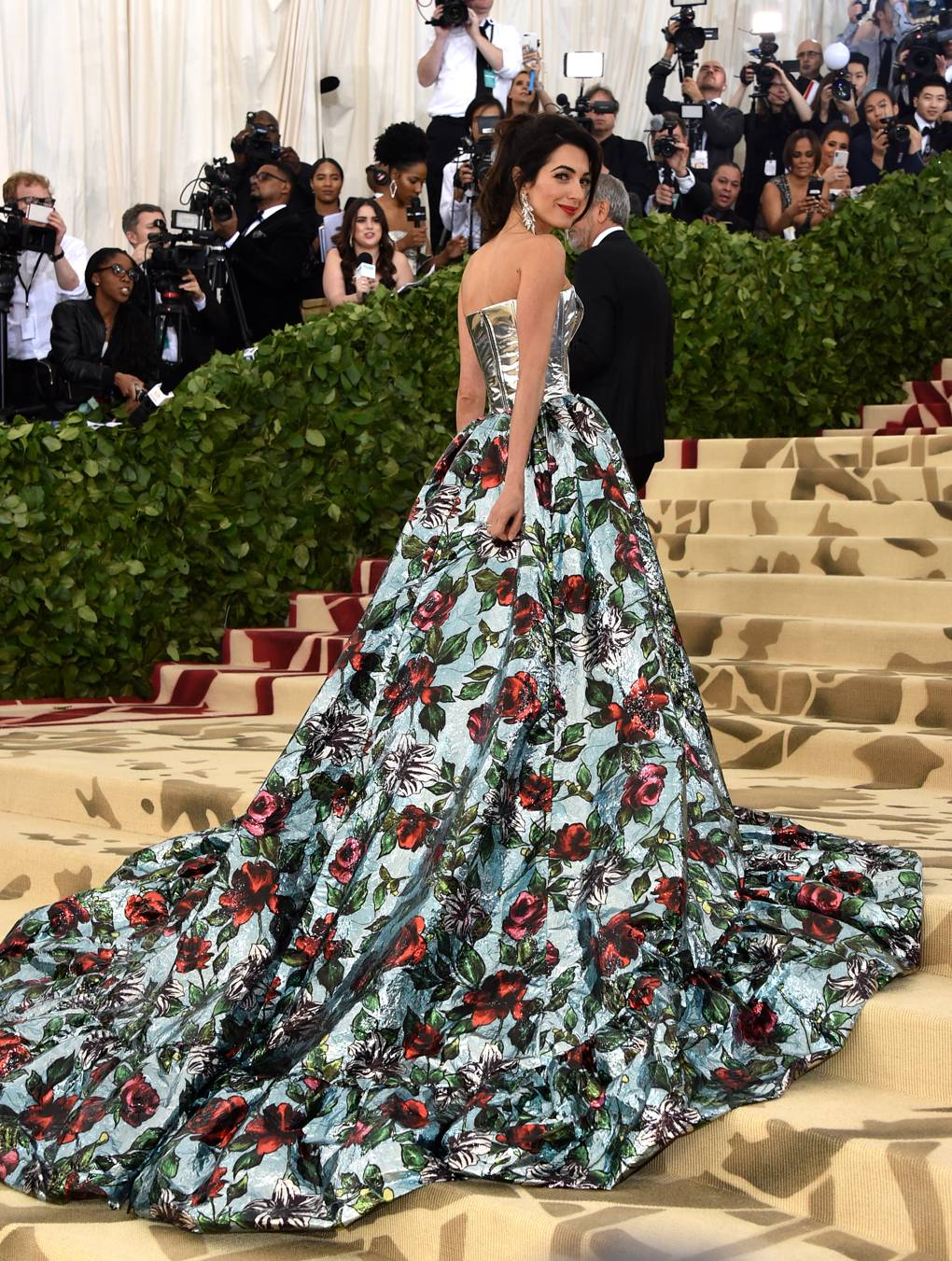 Amal Clooney in Richard Quinn (Getty Images)