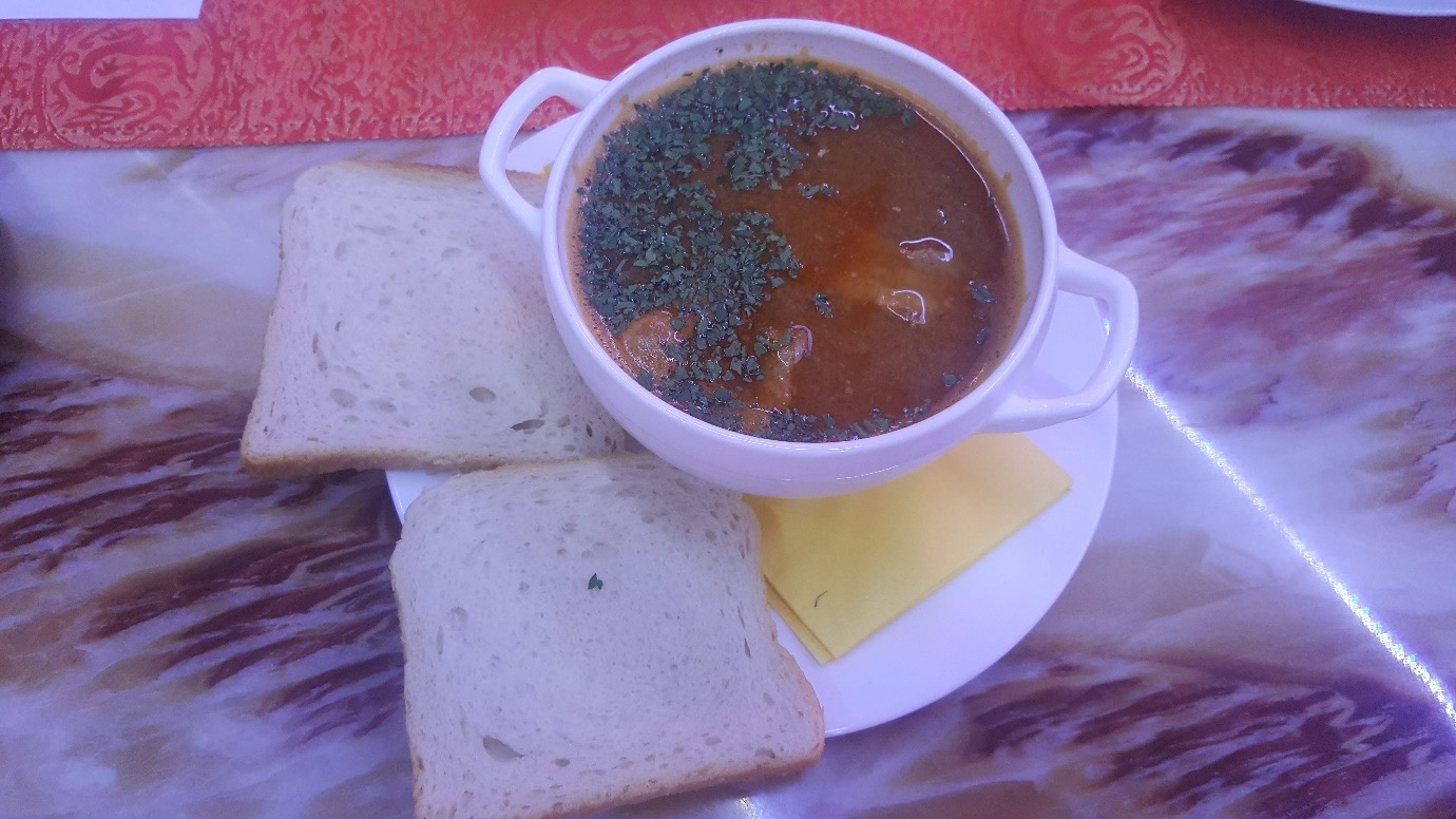Pictured: Fisherman's soup. Photographer: Ruxandra Chitac.