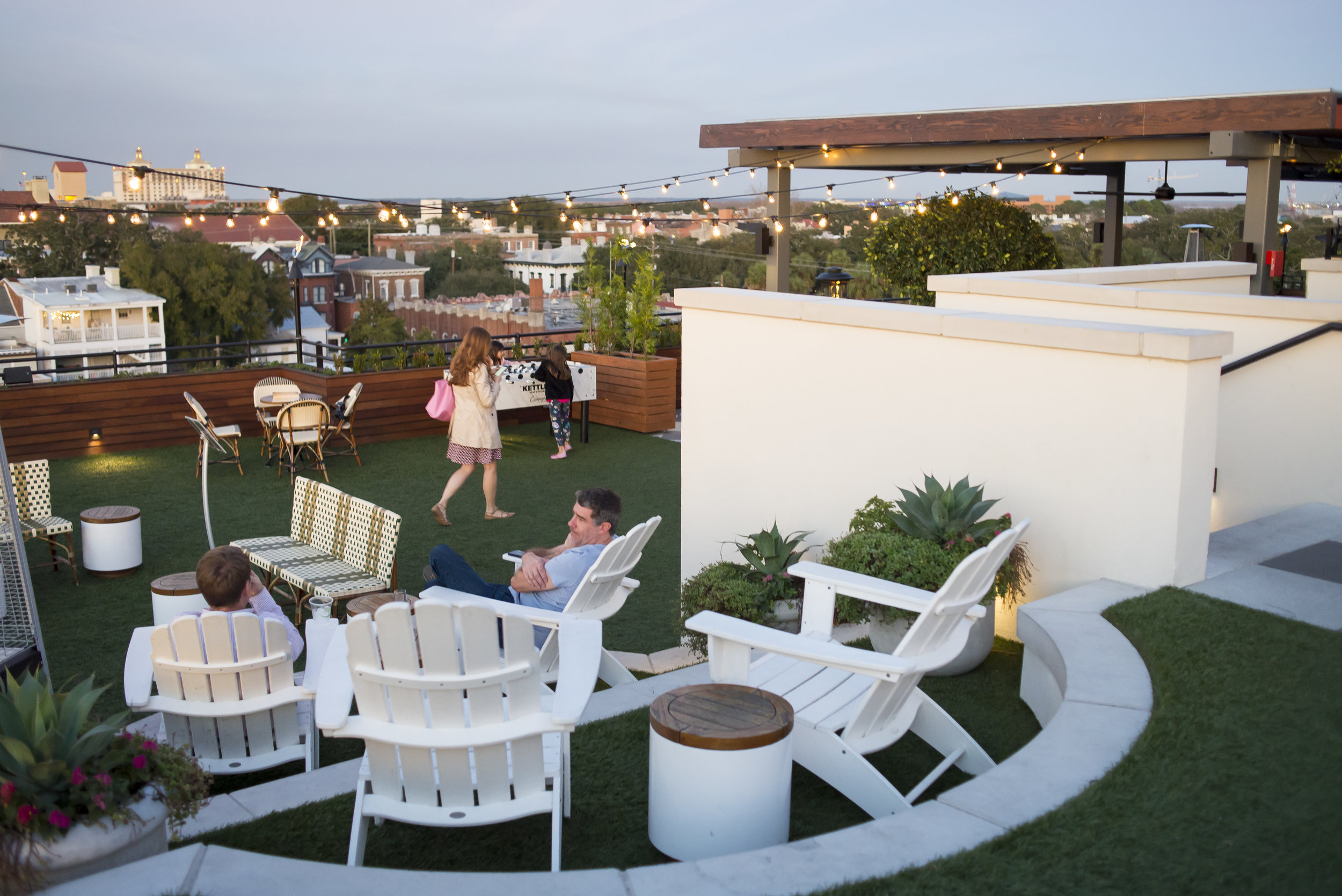 The Peregrine Rooftop Bar at Perry Lane Hotel, Savannah GA | Genteel & Bard