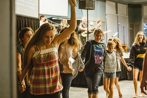 DW-45 Joyful kids line dance.jpg