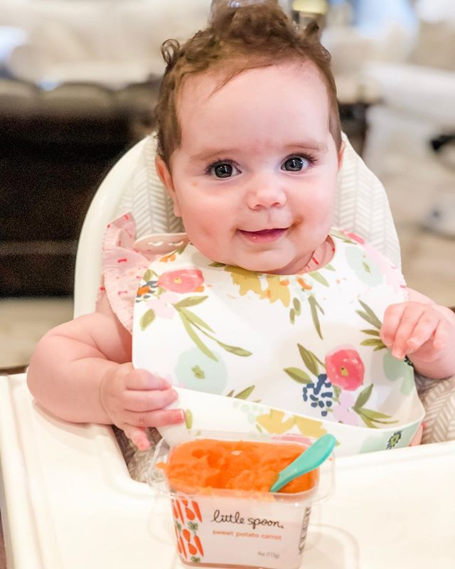 I could just eat her up. 🥄 #firstfoods @littlespoon
