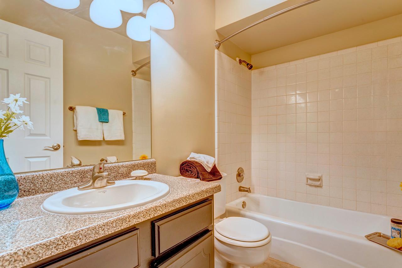 Jamestown Bathroom 4.jpg