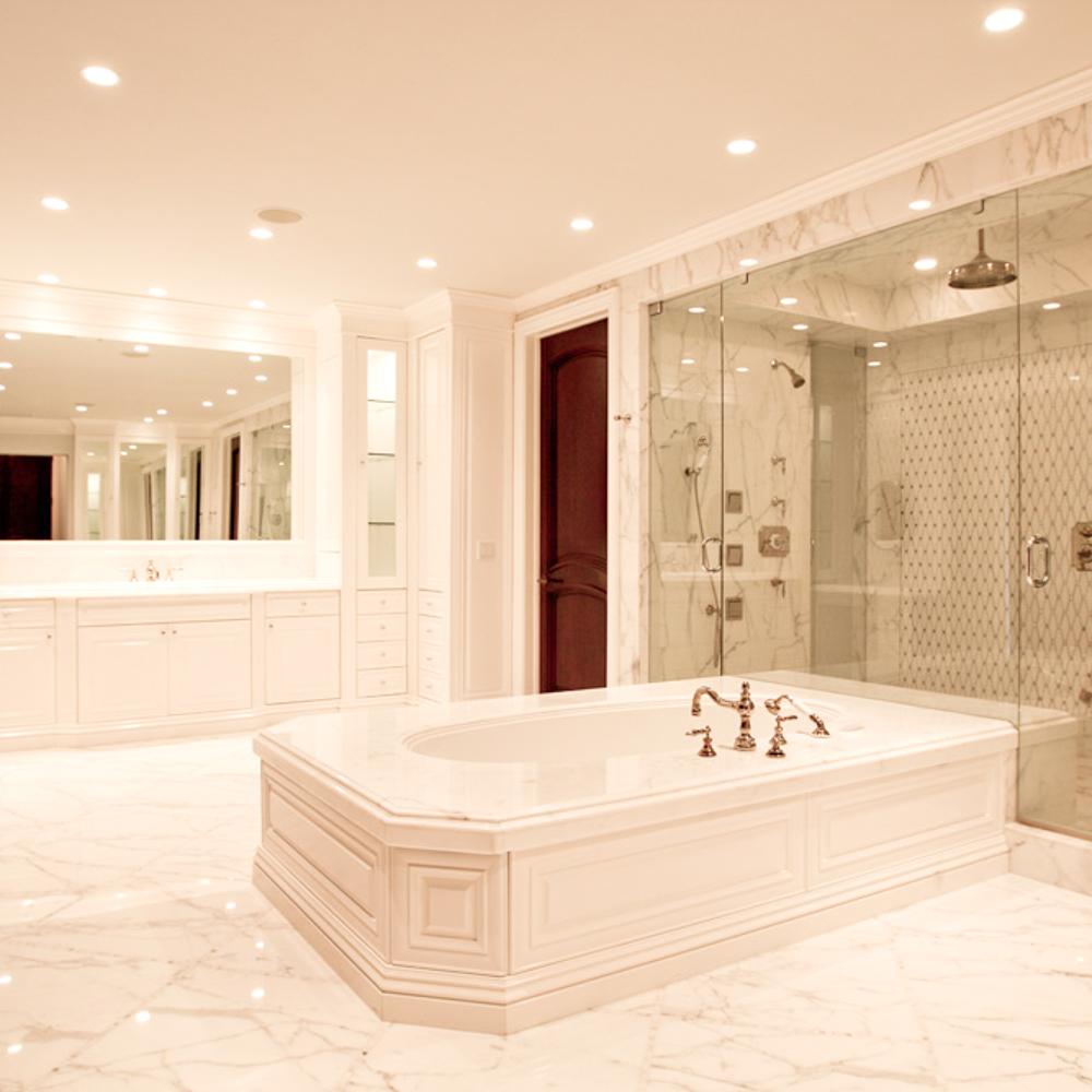 BuiltByOwner_1700_Bathroom.jpg